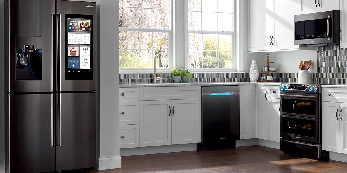 «Умный» и стильный холодильник Samsung